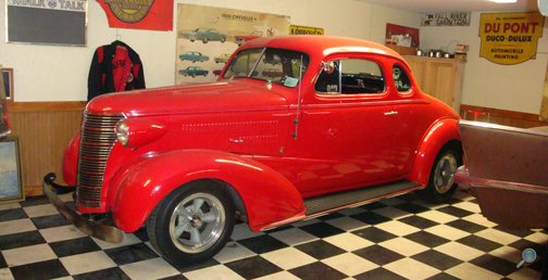 1938 Chevrolet Master Coupe, antique Chevy show cars
