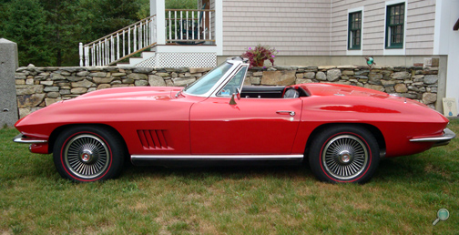 1967 Chevrolet Corvette Roadster, restored vintage Chevy show car