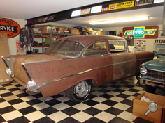 Vintage Chevy car showroom, vintage Chevy show cars, classic Chevy auto replacement parts, original Chevy car restoration parts, vintage Chevy cars for sale