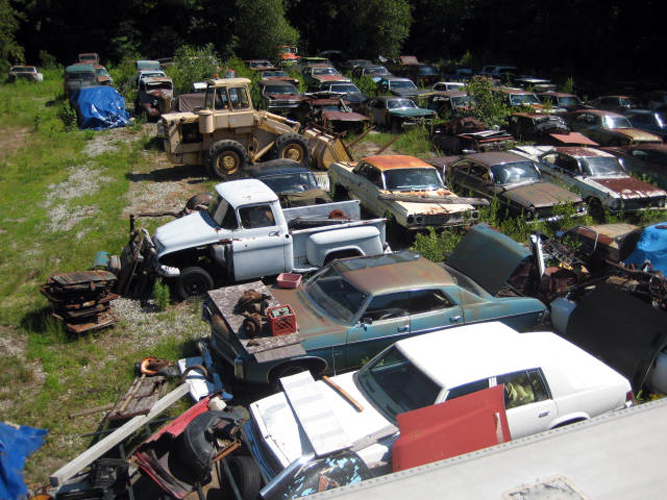 Backyard Auto Parts vintage chevy auto parts yard, vintage chevy car parts junkyard