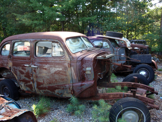 Vintage Chevy auto parts yard, vintage Chevy car parts junkyard